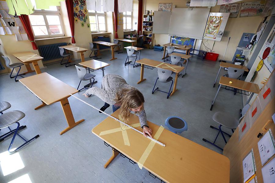 Redeschiderea școlilor în pandemie