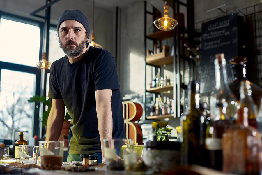 eco-bar Fix Me a Drink