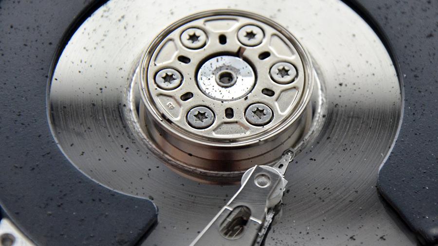 Platanul unui hard disk. Foto: recuperaredate.ro