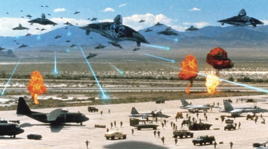 Independence Day este unul dintre multe filme care descriu invazia unor extratereștri care vor să extermine omenirea