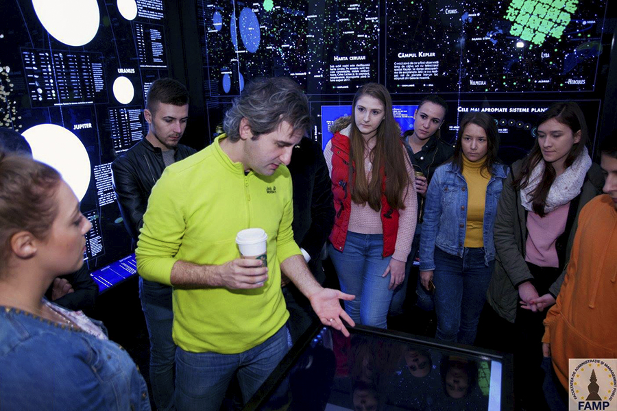Mindcraftstories_Adrian Sonka_Interviu_Observatorul Astronomic_carte_O plimbare prin Univers_08_Arhiva Personala