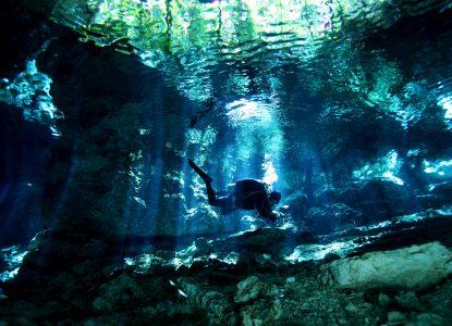 Into the deep: Q&A cu speologul și fotograful Andreea Cohn