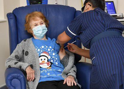 Coronavirus Science Report #51: Au început campaniile de imunizare cu vaccinul Pfizer