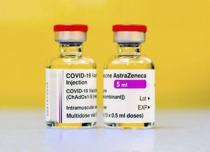 Coronavirus Science Report #56: Vaccinul AstraZeneca e aprobat în UE, Johnson & Johnson și Novavax sunt eficiente