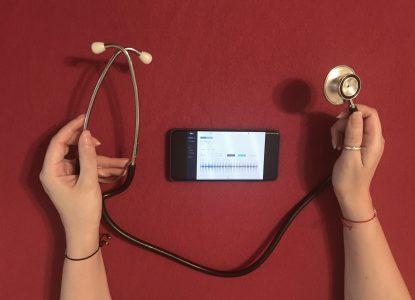Stetoscopul – un obiect vechi ca simbol al medicului modern