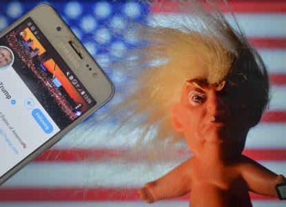 Twitter vs. Trump. Momentul care a făcut rețelele sociale prea puternice.